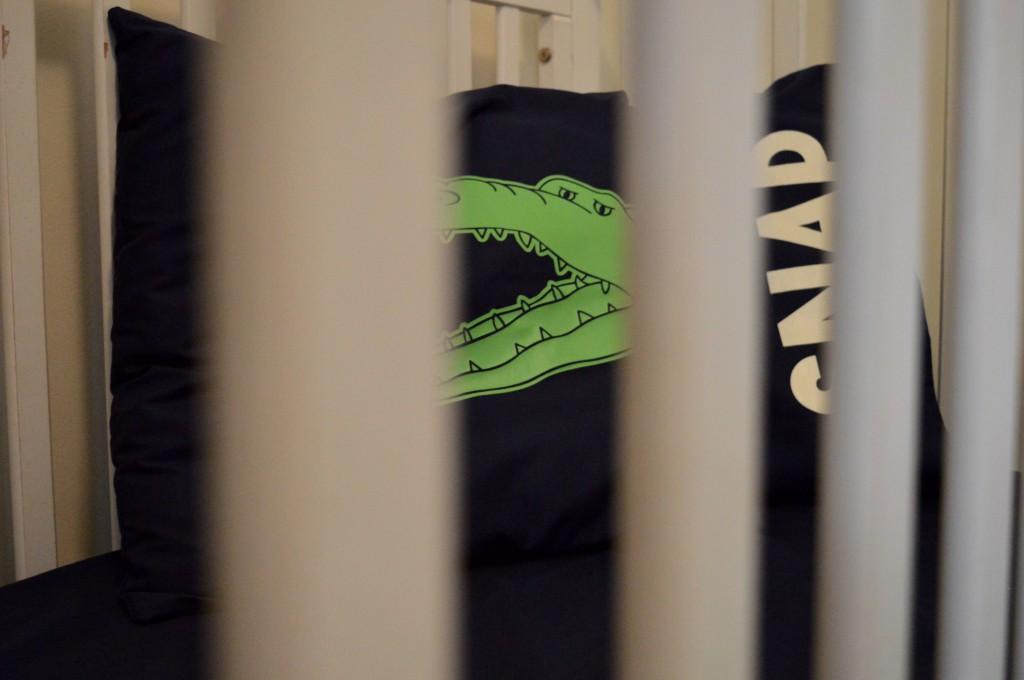 Boy nursery cream blue green crocodile M