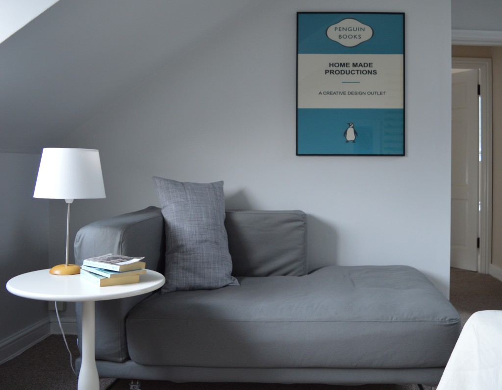 after brixton london flat master bedroom Ikea chaise longue tylösand Bemz Penguin book covers print