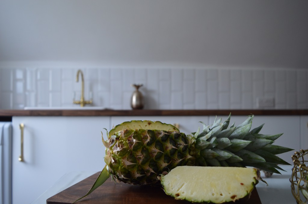 kitchen pineapple detail