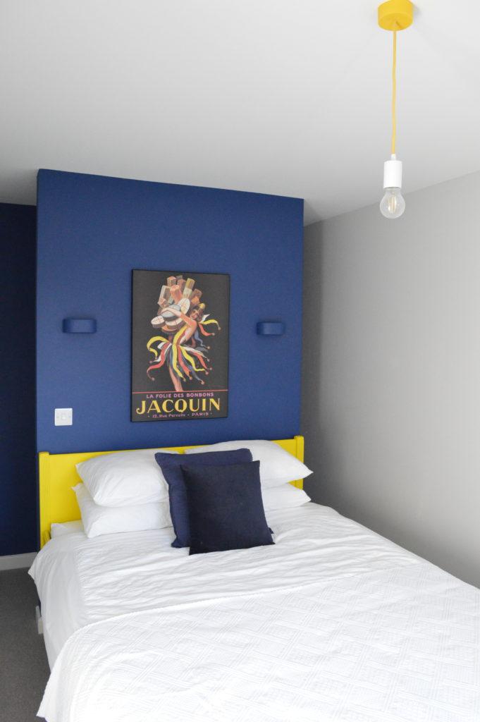 Spare bedroom IKEA Edland bed Dulux paint blue Sapphire Salute