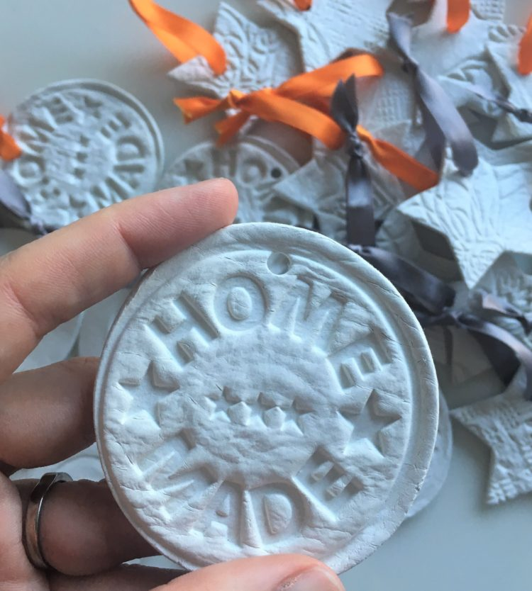 How to: Air dry clay ornaments