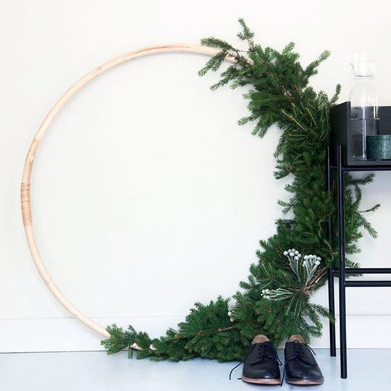 Oversized wreath