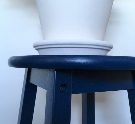 How to: Sapphire Salute stool