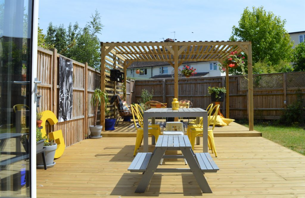 Deck Pergola design outdoor living