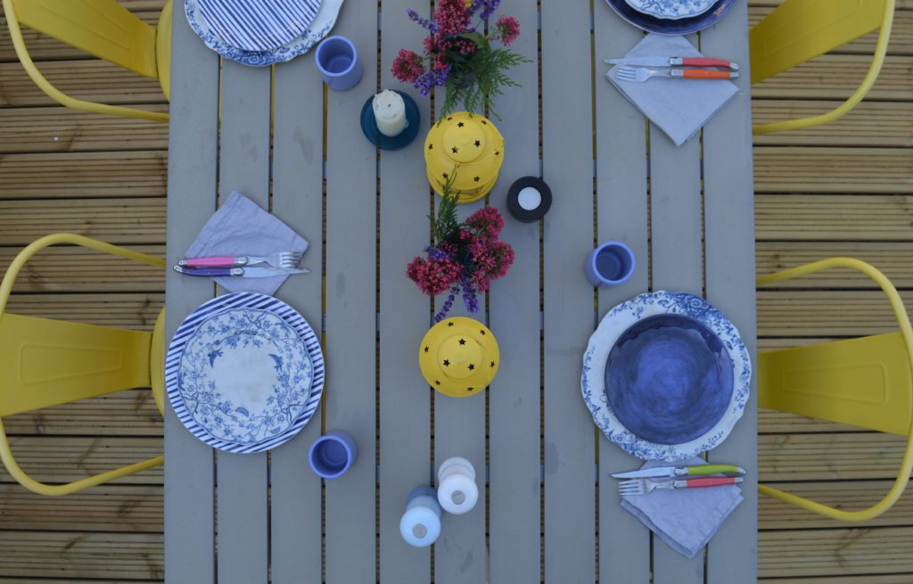 Flatlay outdoor dining