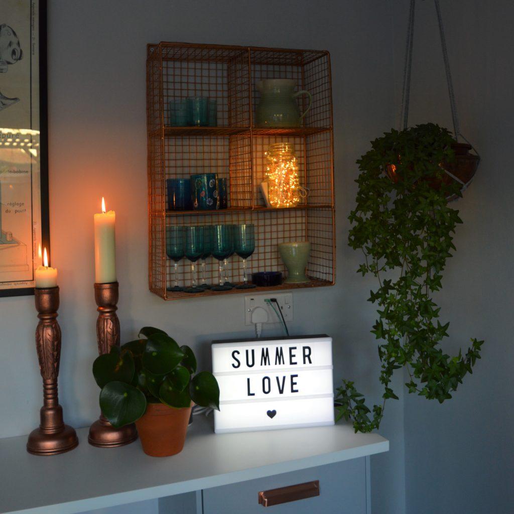 Kitchen lightbox