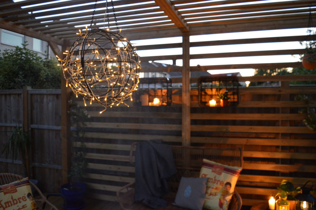 Sugru Outdoor upcycled light