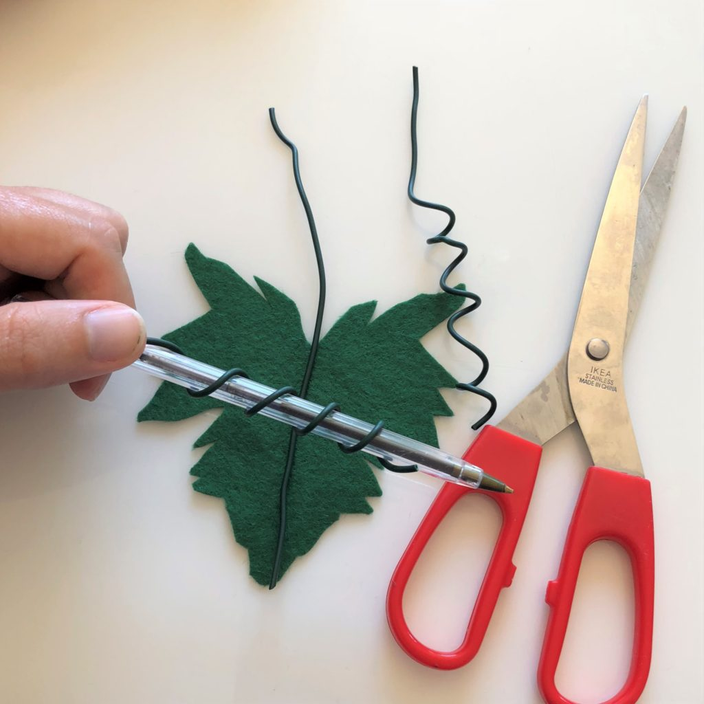 Make a vine leaf