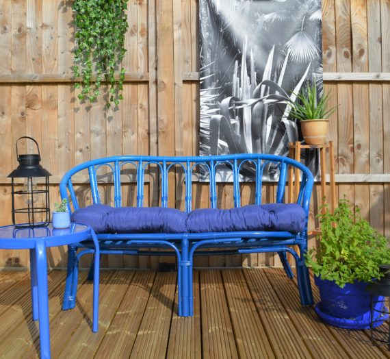How to: Blue bench