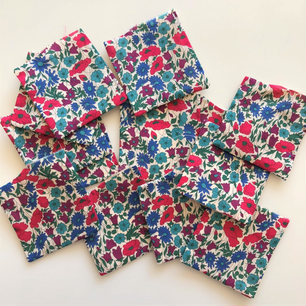 How to make lavender bags Poppy and Daisy Liberty Print fabric