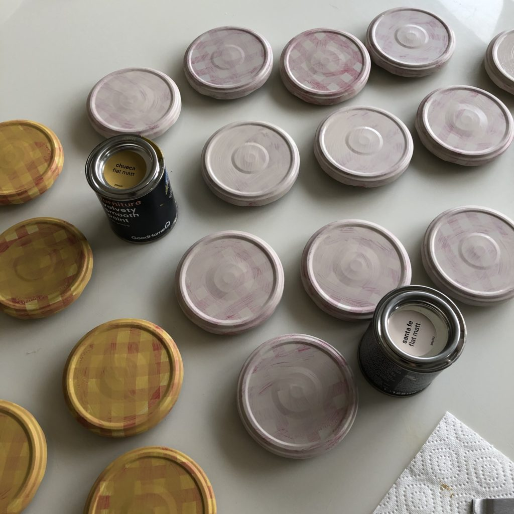 How to upcycle jam jar lids