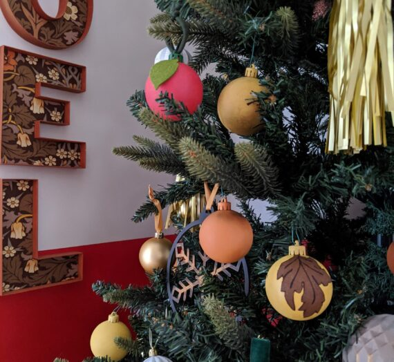 How to upcycle Christmas decorations