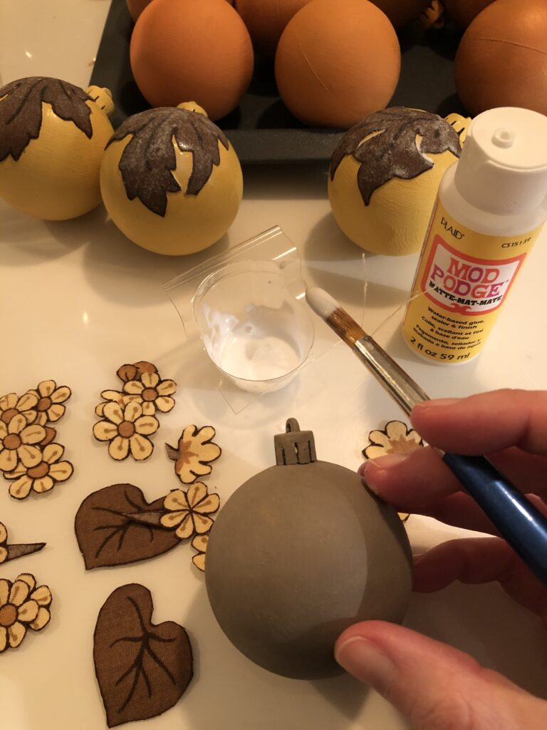 How to upcycle christmas decorations Home Made Productions
